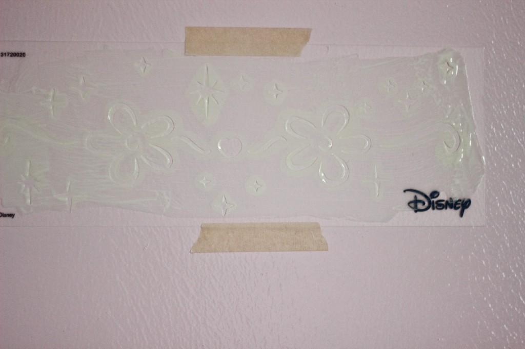 Disney Ready Set Glow Paint