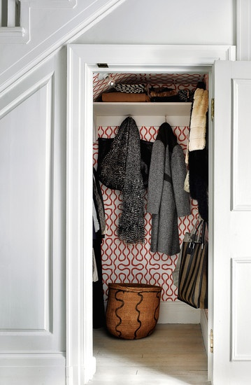 Wall paper in closet